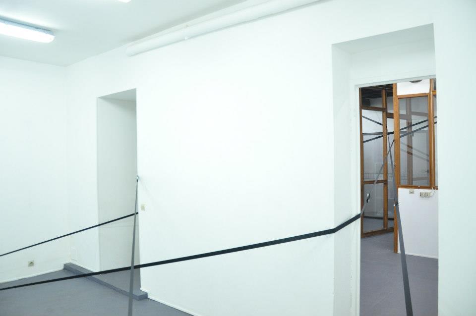 NicolasKozerawski-livingroom-19oct2012-06